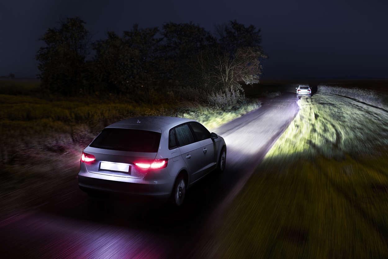 Автомобильное освещение - как разглядеть дорогу.